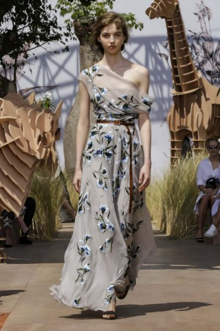 Dior Fashion Show, Haute Couture Collection Fall Winter 2017 in Paris